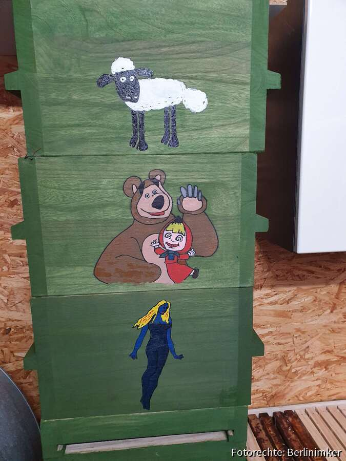 Shaun, Mascha und der Bär und Fee bleue