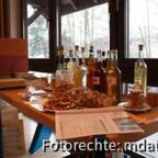 Isselbiene präsentierte Allerlei leckeres. (Der Honig-Quitten-Likör ist famos!)
